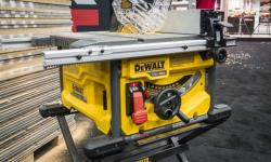 DeWalt-cordless-table-saw-770x472.jpg